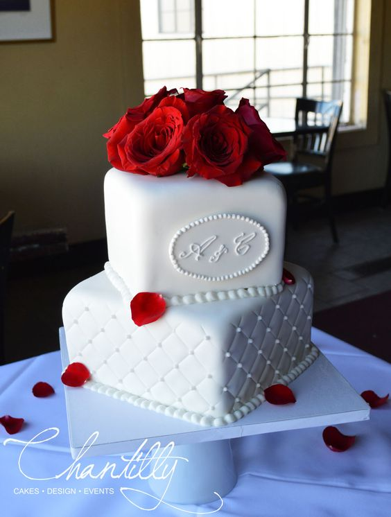 Two Tier Wedding Cake | Chantilly Cakes