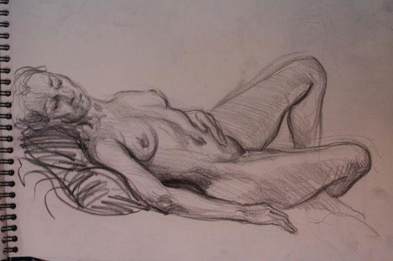 www.academiataure.com #drawing #painting #humanfigure #livedrawing #art #artwork #academiataure #sketch #sketching #humanfigure #modelo #art #artschool