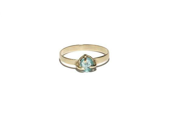 Simpele zilveren ring met blauwe steen van JackysJewels op Etsy