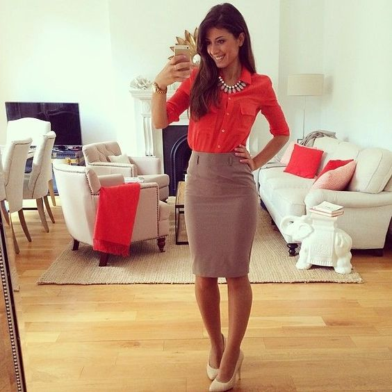 Michelle: this is the epitome of why I love a preppy pencil skirt look! I love how polished it looks even without a blazer. Part of why I love statement necklaces :)