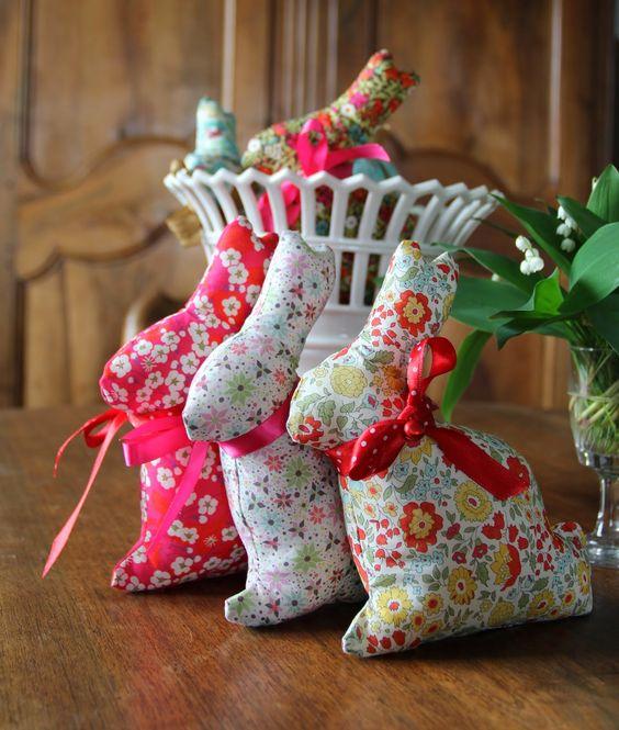 la belette de la marmotte rose drag e couture tricot broderie pinterest roses. Black Bedroom Furniture Sets. Home Design Ideas