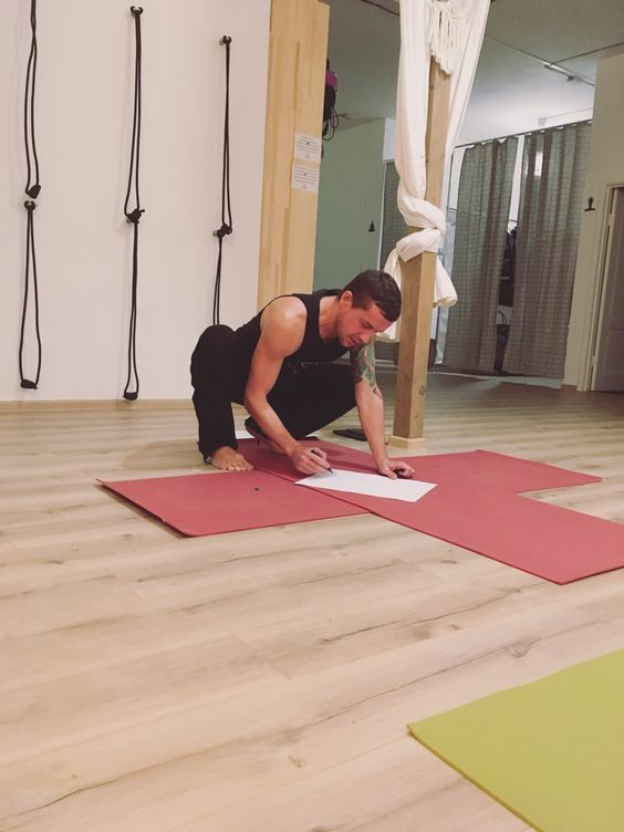 На йога-семинаре в Калининграде. Фото Жени Шведы