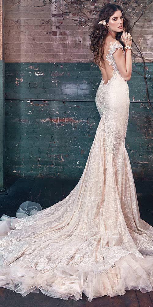 World-renowned wedding dress designer Galia Lahav. We love this extravagant bridal gown. Visit http://www.weddingforward.com/galia-lahav-2016-wedding-dresses/  to see our collection 2016 favourites. #weddingdresses #GaliaLahav2016  #bridalgown