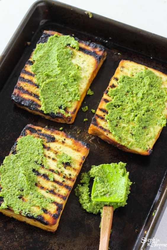 Perfect for summer - Grilled Tofu Steaks with Pistachio & Garlic Scape Pesto l Gluten-Free and Vegan l www.stephinthyme.com