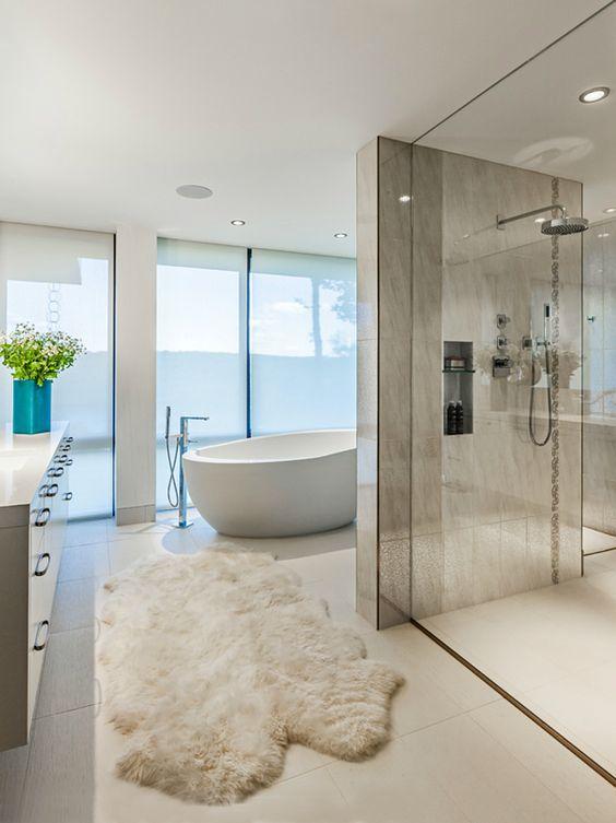 Bathroom Goals 10 Amazing Minimal Bathrooms From Luxe With Love Modern Master Bathroom Bathroom Interior Design Modern Bathroom Design