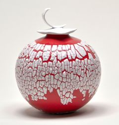 I like this ceramic. Love the contrast of red and white. Boyan Moskov: