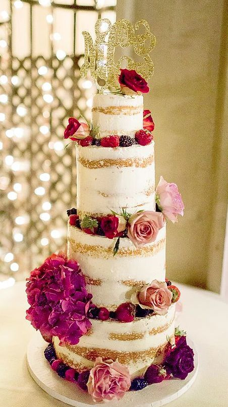 Wedding cake idea; Featured Cake: Sweet Art Bake Shop