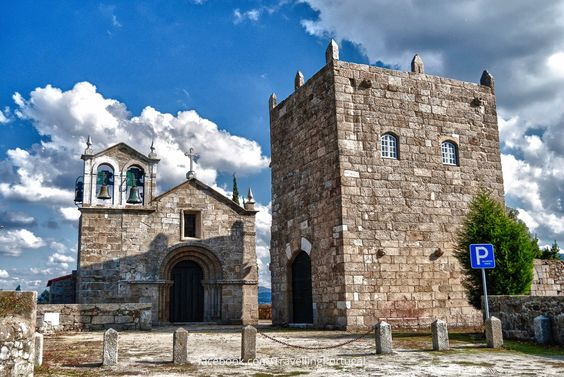 Igreja e Torre de Manhente