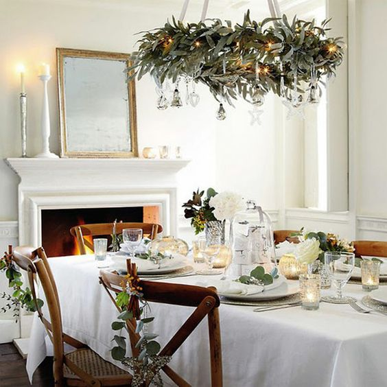 dress chandelier with wreath and ornaments