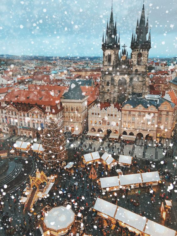 10 reasons Prague should be your next winter city break #thingstodoprague #thingstodo #prague #czechrepublic #winterbreak #visiteurope Where to go in Prague. What to do in Prague. 10 things to do in Prague.