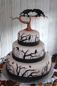 Maine Custom Cakes Portfolio / Halloween Wedding Ravens