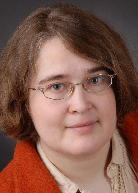"""Unsere Autorin Maja Ilisch fesselt ihre Leser mit """"Das Puppenzimmer"""". Mehr Infos gibt es hier:  http://www.dotbooks.de/profile/946197/maja-ilisch"""
