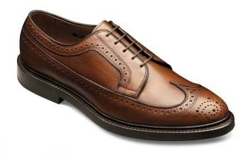 The Shoes Every Man Should Have in His Closet   Fashion & Beauty   Life   Epoch Times