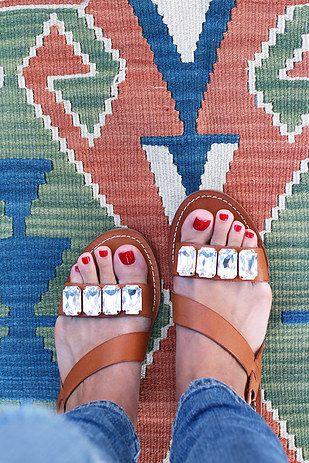 Jeweled Sandals   41 Amazing Free People-Inspired DIYs