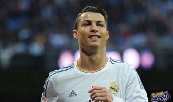النجم كريستيانو رونالدو يحصد جائزة الكرة الذهبية للمرة الخامسة Cristiano Ronaldo Ronaldo Mens Tops