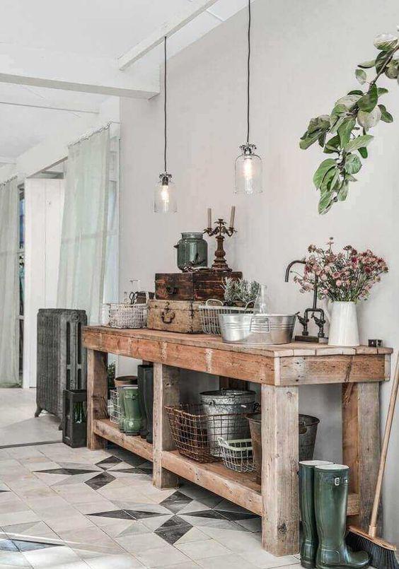 sala rústica com aparador de madeira