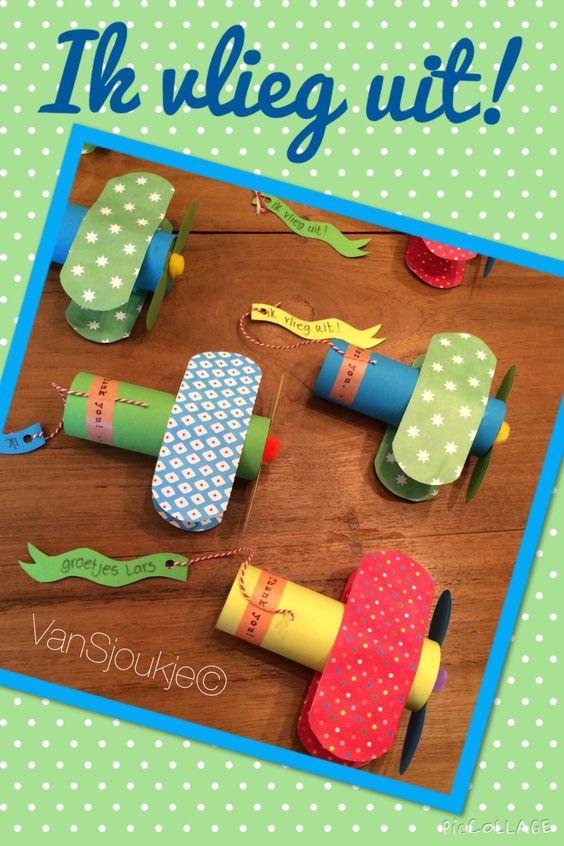 Traktatie met bellenblaas gemaakt voor mijn zoontje ~ made by VanSjoukje© ~ afscheid ~ vliegtuig ~ peuter ~ kleuter ~ planes ~ treat ~ Facebook.com/vansjoukje