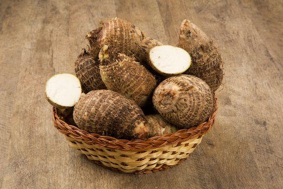 Poder nas mãos: Chips de inhame  Inhame é um tubérculo nutritivo, ...