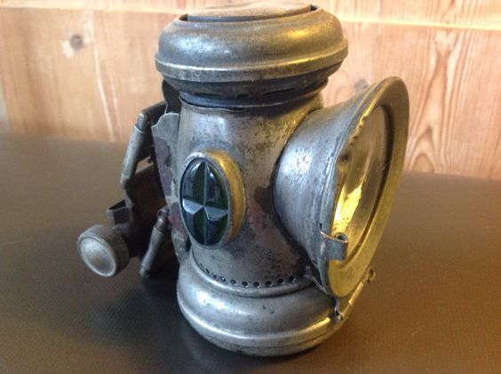 Lucas Captain No 59  oillamp 3 - 1923