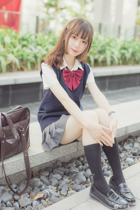 大紅蝴蝶結青澀 #水手服 #制服美少女》#Cute #Girl #Pretty #Girls #漂亮 #可愛 #青春活力