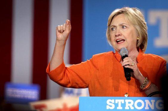 USA: Hillary Clinton droht Russland mit Krieg - http://ift.tt/2cjcZbn