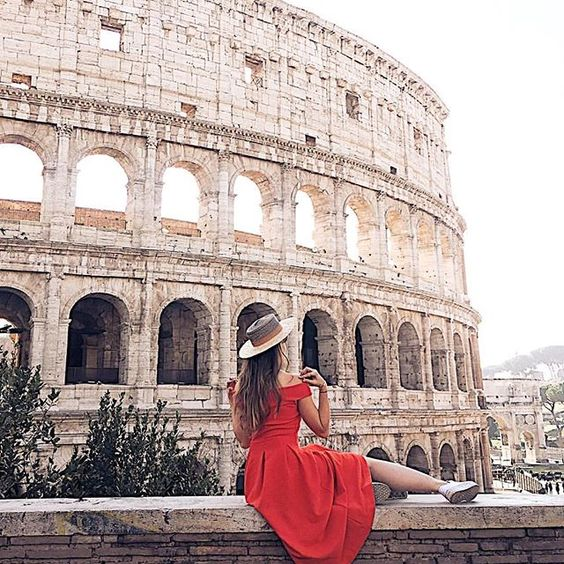 Made from stone and concrete, The Colosseum in Rome, Italy was built with the man power of tens of thousands of slaves ( : @thefashionfraction) #GirlsBornToTravel ✈️
