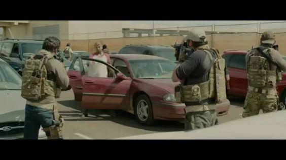 Sicario - Border Battle Scene (HD)