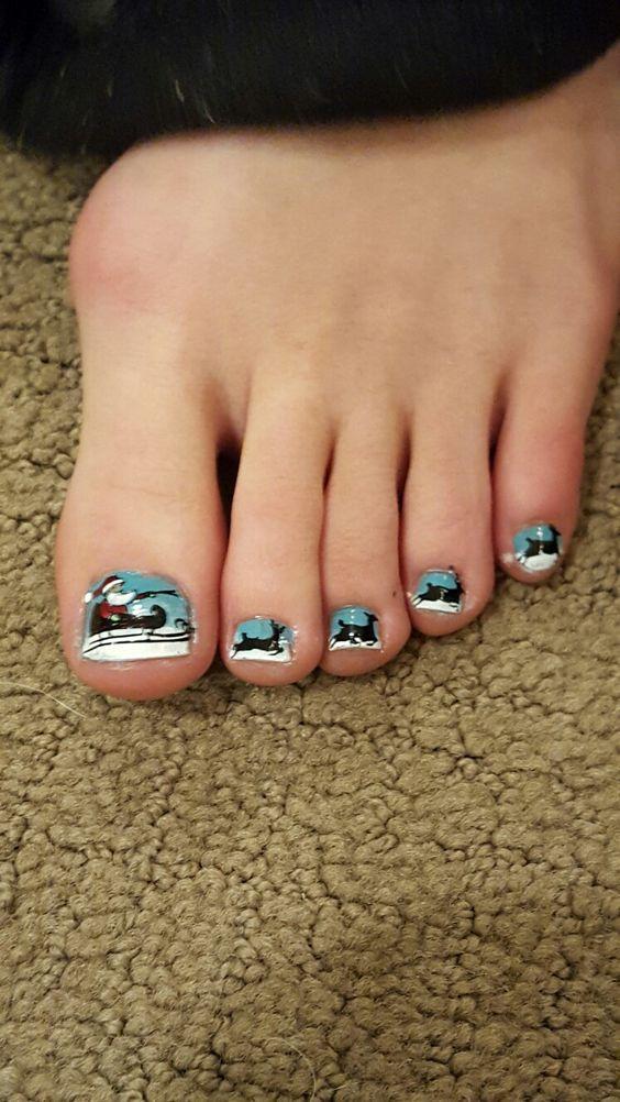 Santa toes
