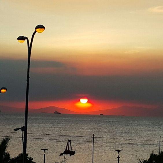 Manila Bay as seen from MOA