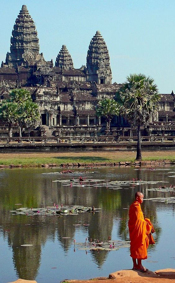 One of the main reasons for visiting Siem Reap, in Cambodia, is to see Angkor Wat, the largest religious monument in the world.: