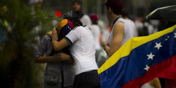 VENEZUELA AL LÍMITE DE SU DESTINO. #OpinionProclamadelCauca http://www.proclamadelcauca.com/2014/02/venezuela-al-limite-de-su-destino.html