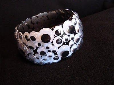 google eye bracelet for Halloween