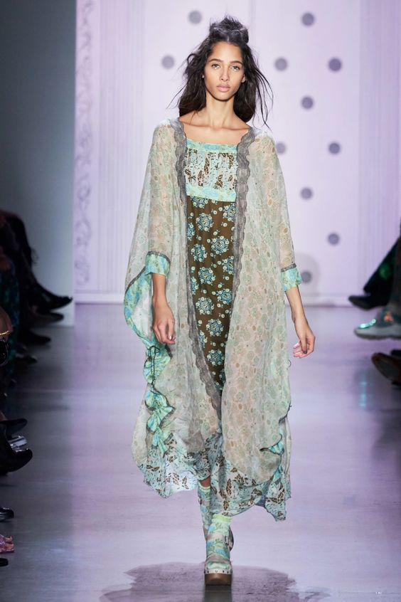 Anna Sui Spring 2020 Ready-to-Wear Collection - Vogue