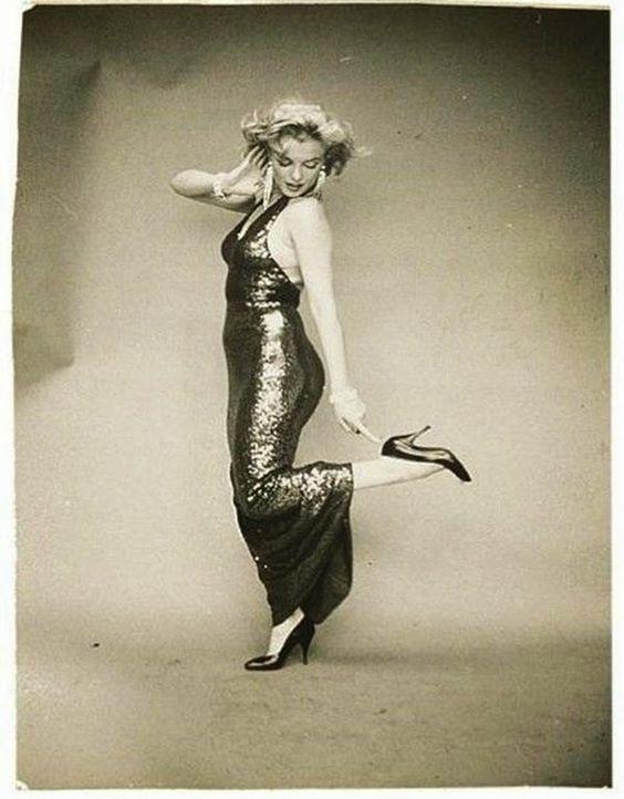 Beautiful Marilyn Monroe Photographed by Richard Avedon, 1957