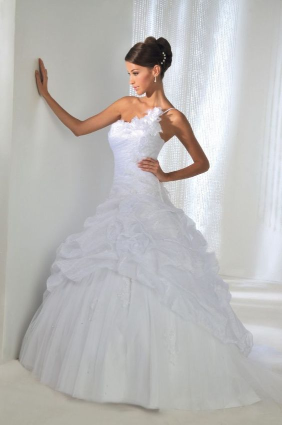 De la robe de mariée ou