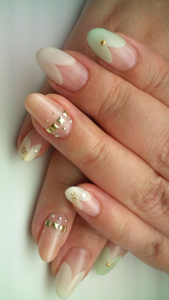 March nail 2013