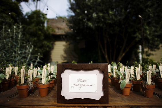 DIY Wedding Favors: Potted Herbs  http://www.intimateweddings.com/blog/diy-wedding-favors-potted-herbs/