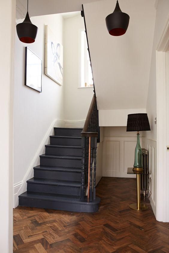 Happy friday black staircase painted stairs and staircases - Painting wooden stairs white ...