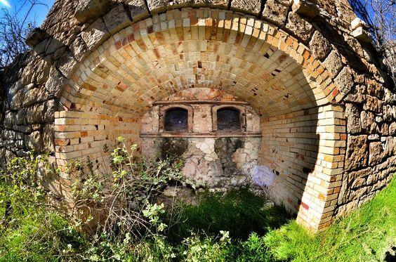 365 Project #15 (Derelict Kiln)  #McNeil #atx #Texas #urbex #rurex #old #project365 #365project #365 #grass #derelict #fisheye #nikon #nikon_photography_ #d7000 #ig_shutterbugs #ig_cameras_united #iglobal_photographers #instagood #instalike #picoftheday by philostrophy