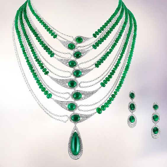 Here's a spectacular necklace and matching earrings made with cabochon emeralds, diamonds and pearls.  #fashion #jewelry #style #diamonds #jewelryaddict #jewelrydesigner #jewelrylover #jewelryporn #jewelryoftheday