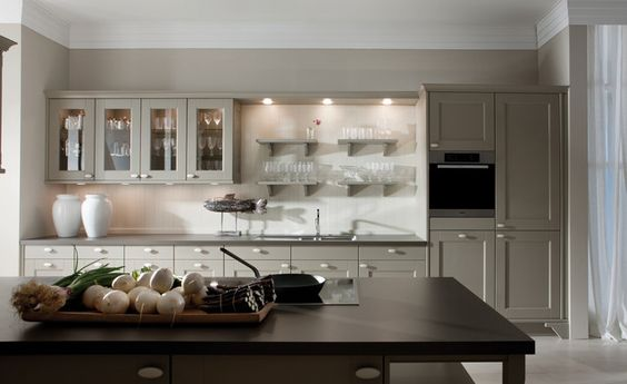 DOMUS-COLOR › Lacquer › Traditional style › Kitchen › Kitchen | LEICHT – Modern kitchen design for contemporary living