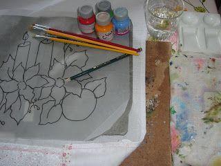 Aqui você encontra dicas e toda a orientação básica para sabercomo pintar em tecidopasso a passo.