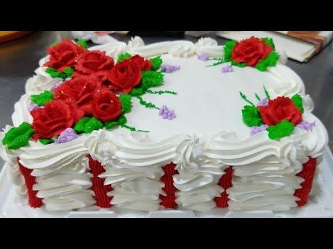 Bolo Com Rosas Vermelhas De Chantilly Youtube Rosas De