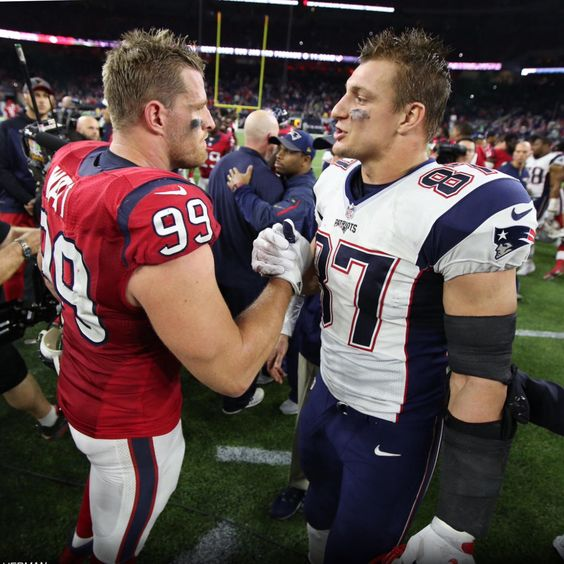 A Rundown Of Rob Gronkowski S Romance With Sports: Love This Pic, I Like Gronk But I Love JJ!!!