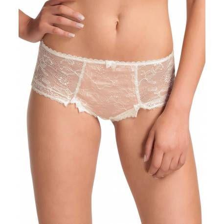 Esta braga tipo short, en color rosa palo muy clarito, es muy romántica y elegante a la par que sexy gracias a las zonas de encaje semitransparente. Disponible enla talla XL, válida para las tallas 48-50 de pantalón.