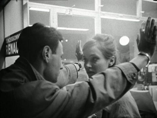 Anna Karina and Michel Subor in 'Le petit soldat'