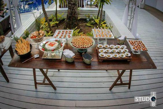 Essa mesa in-crí-vel, recheada de produtos JO Decor, foi produzida pelo Bendita Cozinha Buffet. O que acharam?  Escolha você também os produtos JO Decor que vão decorar sua mesa! www.jodecor.com.br  Vendas no atacado e varejo, com entregas em todo o Brasil!  #jodecor #jdecor #fingerfood #fingerfoods #food #instafood #amazing #instagood #photooftheday #picoftheday #bestoftheday #foodie #delish #delicious #eating #foodpic #foodpics #eat #hungry