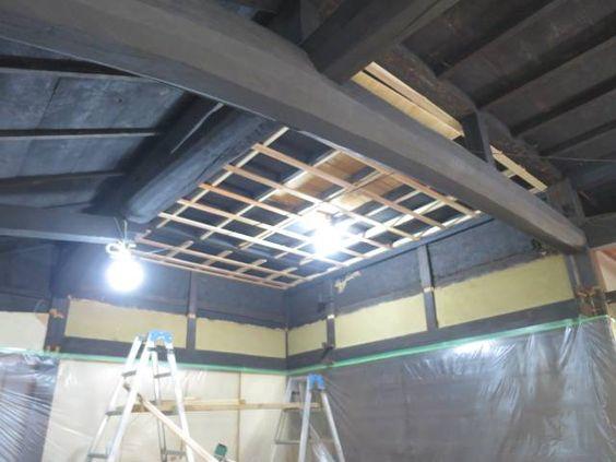 吹抜け天井 下地材の打ち付け作業中 1 4完了 リフォーム 古民家