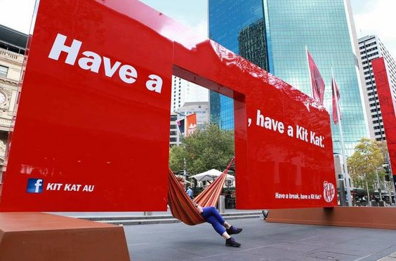 outdoor ads-Have a Break, Have a Kit Kat-www.ifiweremarketing.com