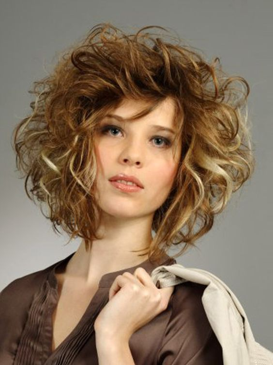 Perfectly Imperfect Messy Curly Hairstyles For All Lengths | Style ...
